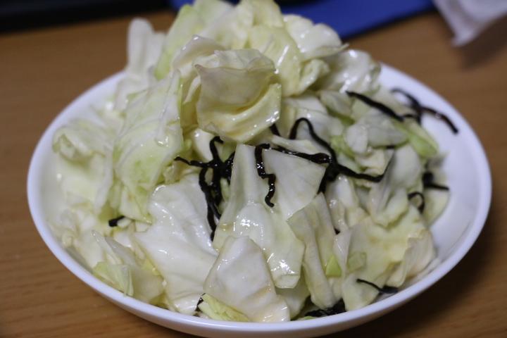 牛角風「やみつき塩キャベツ」の再現レシピ!安くて手軽に作れて非常に旨い