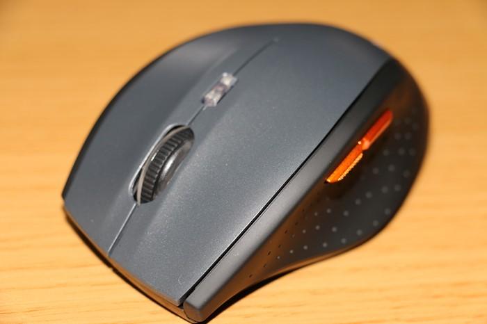 謎メーカー製 1000円のワイヤレス マウス(TeckNet Classic ワイヤレス マウス 6ボタン 無線光学式)