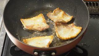 【男の自炊レシピ】豚バラ冷しゃぶサラダと豚バラ目玉焼き丼